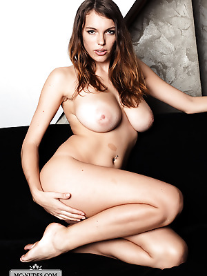 MC-Nudes  Samantha L  Babes, Brunettes, Big tits, Boobs, Breasts, Tits, Erotic, Softcore, Solo