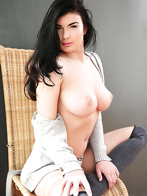Watch4Beauty  Lucy  Erotic, Softcore
