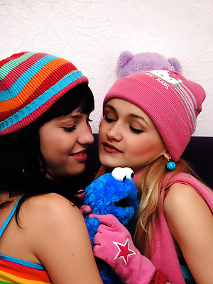 Amour Angels  Angela, Julia  Teens, Crazy, Babes, Lesbians, Cute, Naughty, Funny